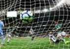 Palmeiras se preocupa com estado do gramado do Allianz em reta final - Alexandre Schneider/Getty Images