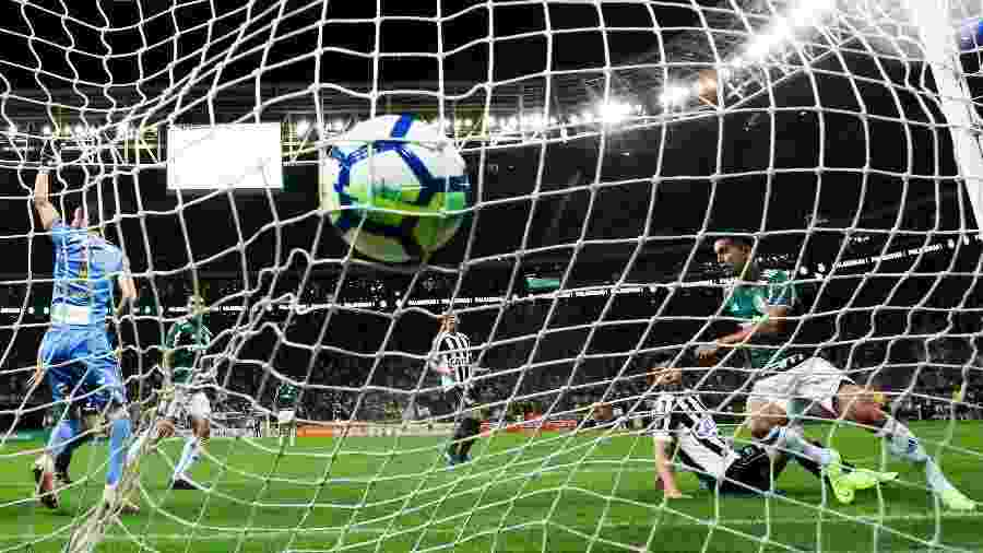Allianz Parque não vai render tanto dinheiro quanto o previsto para o Palmeiras em 2019 - Alexandre Schneider/Getty Images