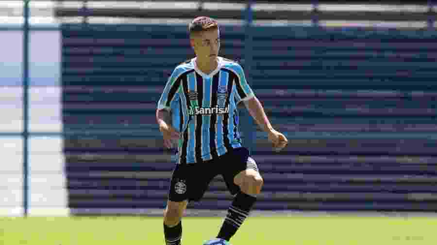 Pedro Lucas, meia da base do Grêmio, foi convocado para seleção brasileira - Divulgação