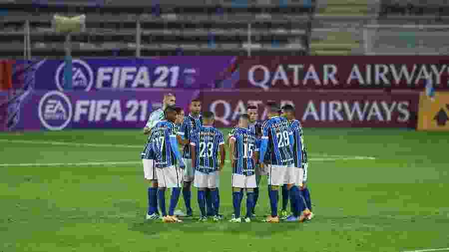 Jogadores do Grêmio são alvos de protesto em chegada a Porto Alegre - Lucas Uebel/Grêmio FBPA