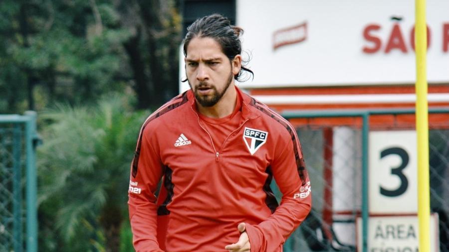 Martin Benítez, meia do São Paulo, durante treino no CT da Barra Funda - Erico Leonan/São Paulo FC