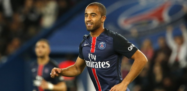 Lucas atravessa boa fase com a camisa do PSG nesta temporada