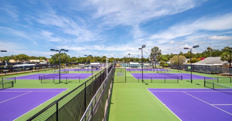 Além de futebol, IMG Academy tem opções de outros esportes, como o tênis