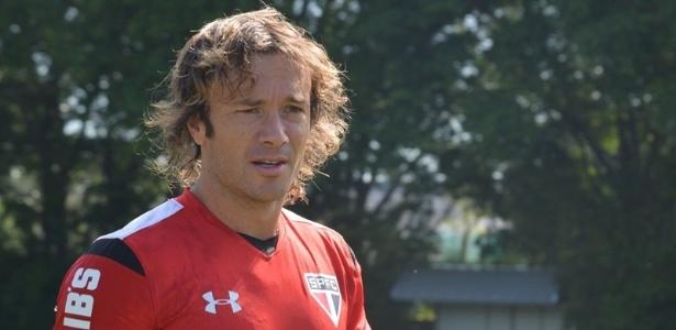 Lugano ressaltou que Edgardo Bauza segue focado em seu trabalho no SP