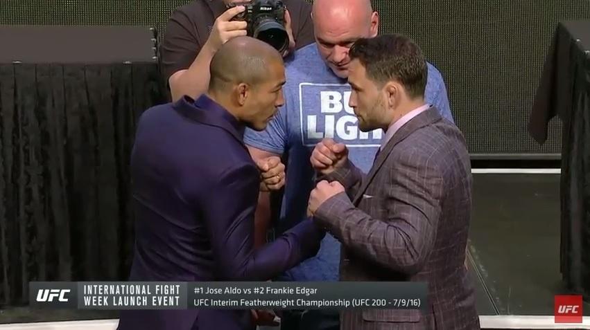 José Aldo e Frankie Edgar se encararam durante coletiva de imprensa do UFC 200