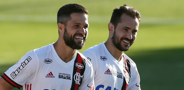 Diego e Everton Ribeiro antes da primeira final; dupla está sob pressão no Flamengo
