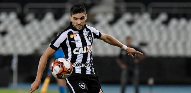 Pimpão fez o gol da vitória alvinegra sobre o Bangu