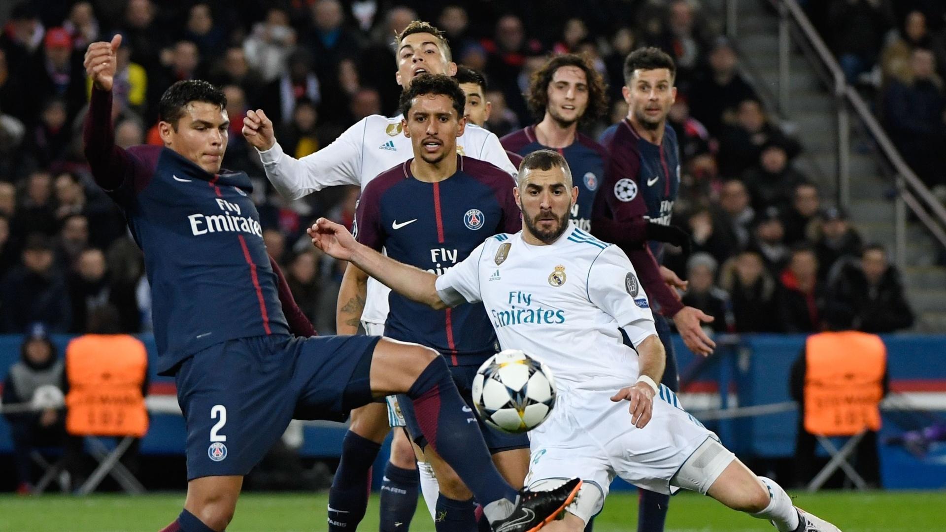 Thiago Silva disputa bola com Benzema em PSG e Real Madrid pela Liga dos Campeões