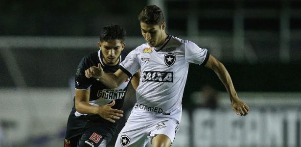 Lateral se valorizou na reta final do Brasileiro e entrou no radar do Cruzeiro para 2019 - Vítor Silva/SSPress/Botafogo