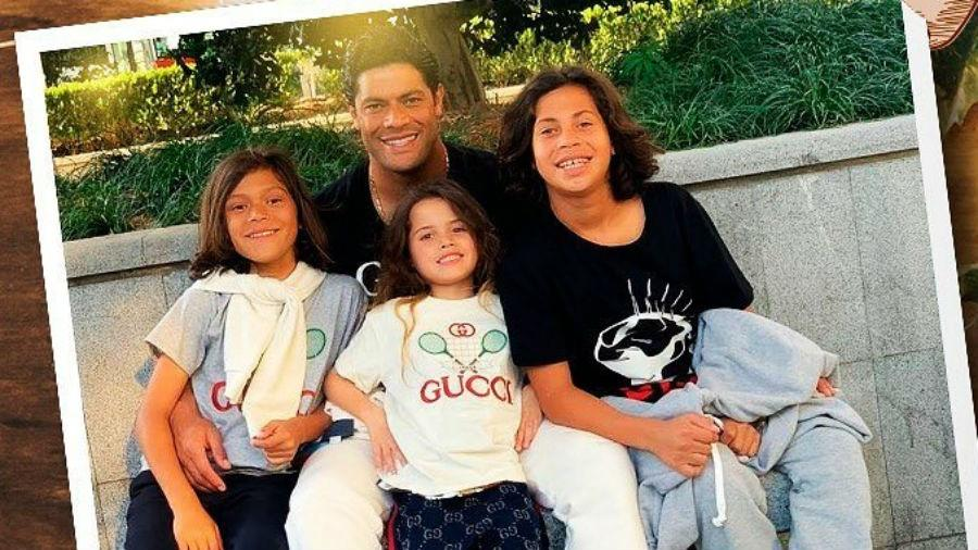 Hulk Paraíba com os três filhos - Reprodução/Instagram