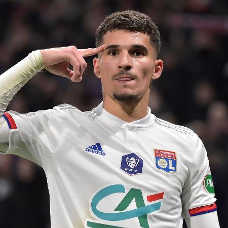 Houssem Aouar será alvo disputado na janela de transferências - ROMAIN LAFABREGUE/AFP