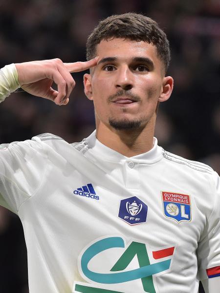 Houssem Aouar, meio-campista do Lyon - ROMAIN LAFABREGUE/AFP