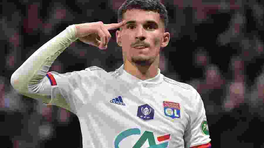 Houssem Aouar, meia do Lyon (FRA), é alvo do Arsenal - ROMAIN LAFABREGUE/AFP