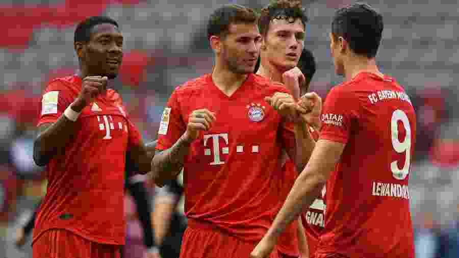 Bayern de Munique abriu sete pontos de vantagem sobre o Borussia Dortmund no Campeonato Alemão - Christof Stache/Pool via Getty Images