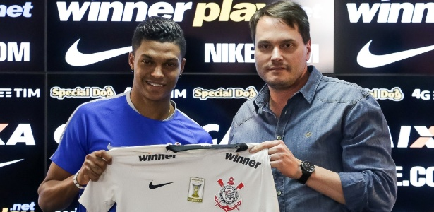 Bruno Paulo, apresentado há exatos seis meses, ainda não estreou pelo Corinthians