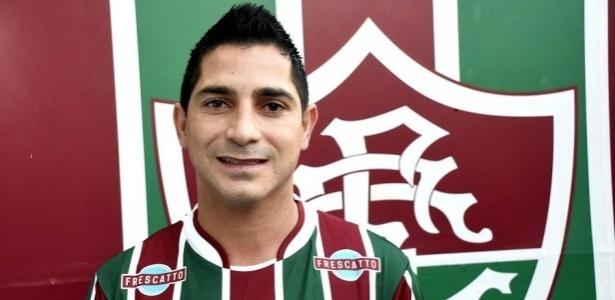 Danilinho chega ao Vitória após passagem ruim pelo Fluminense