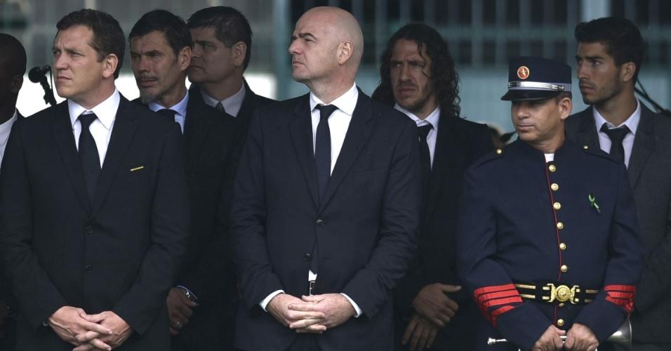 Presidente da Fifa, Gianni Infantino, acompanha velório das vítimas do acidente