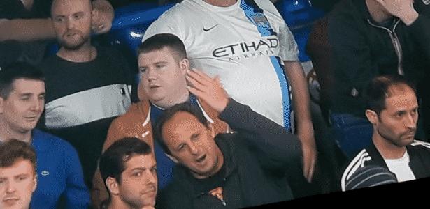 Rogério Ceni na arquibancada da partida entre Chelsea e Manchester City, em Londres - Reprodução/ESPN