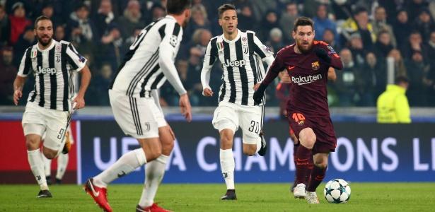 Messi começou na reserva e só entrou em campo aos 11 minutos do segundo tempo - Alessandro Bianchi/Reuters