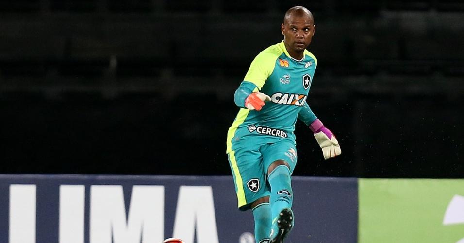 O goleiro Jefferson durante jogo entre Botafogo e Portuguesa-RJ pelo Campeonato Carioca