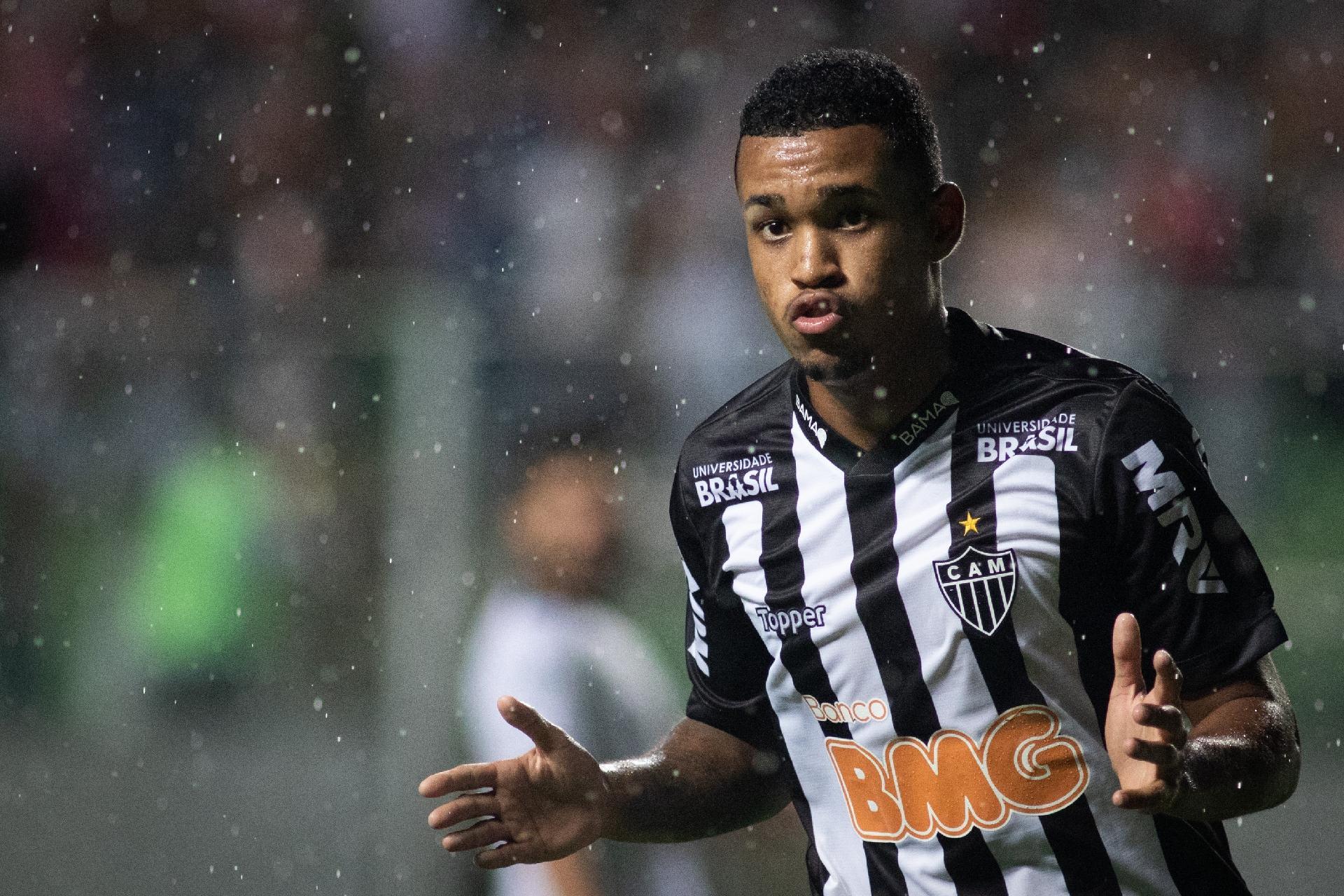 856c035931 Atlético-MG protege maior joia do elenco com multa de quase R  85 milhões