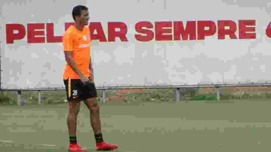Guilherme Parede, atacante do Inter, será titular do Inter contra o Novo Hamburgo - Marinho Saldanha/UOL