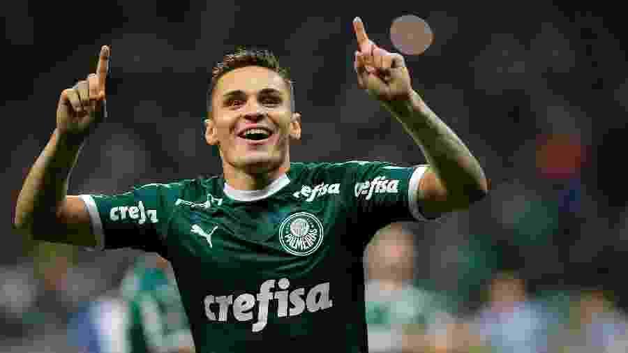 Raphael Veiga, do Palmeiras, apoia live do Sindicato dos Atletas em campanha beneficiente -  Daniel Vorley/AGIF