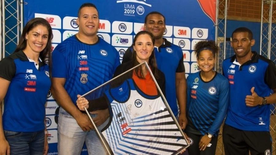 Parte da equipe de atletismo do Pinheiros que foi ao Pan - João Raposo/Pinheiros