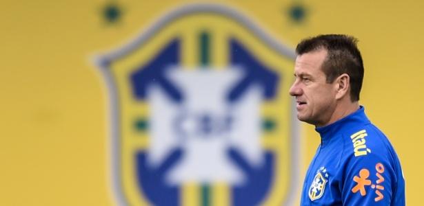 Dunga (foto) não gostou das críticas de Romário ao seu trabalho e às convocações - Getty Images