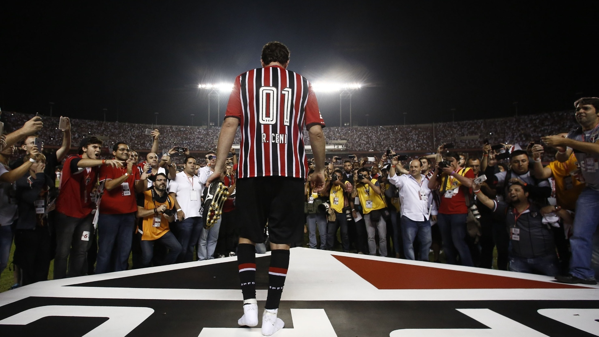 Rogério Ceni se despede do São Paulo, no Morumbi