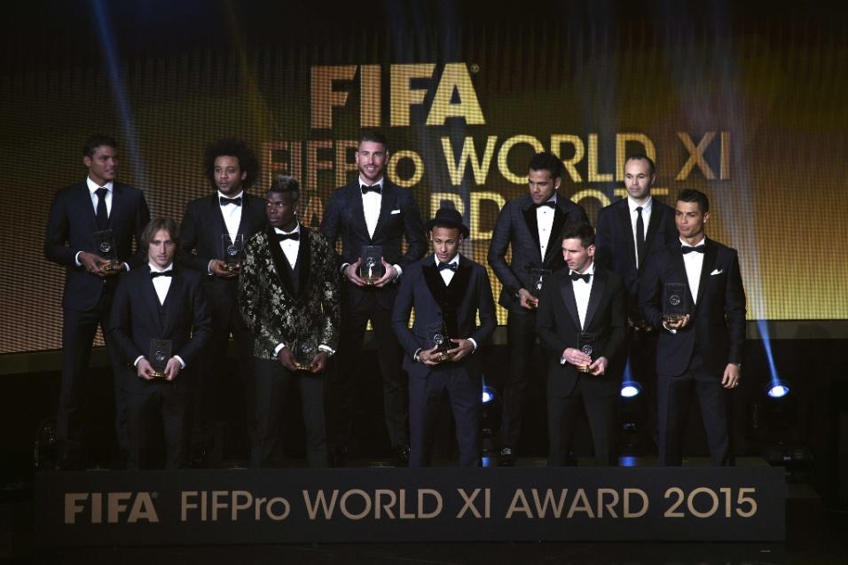Seleção do ano da Fifa foi premiada durante a cerimônia da Bola de Ouro