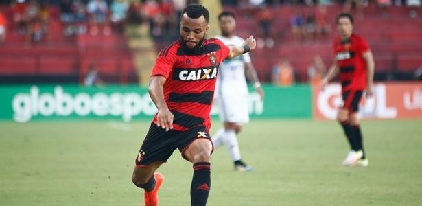 Samuel Xavier fica no Sport para a temporada de 2017