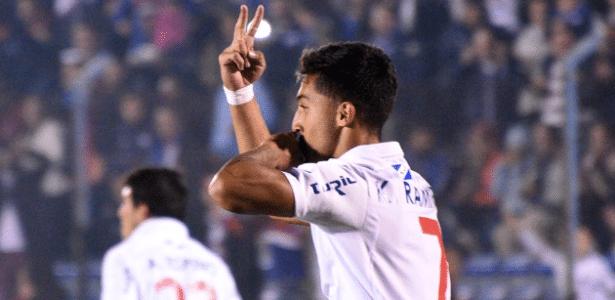 Nacional não deu chances para a Chapecoense na Libertadores