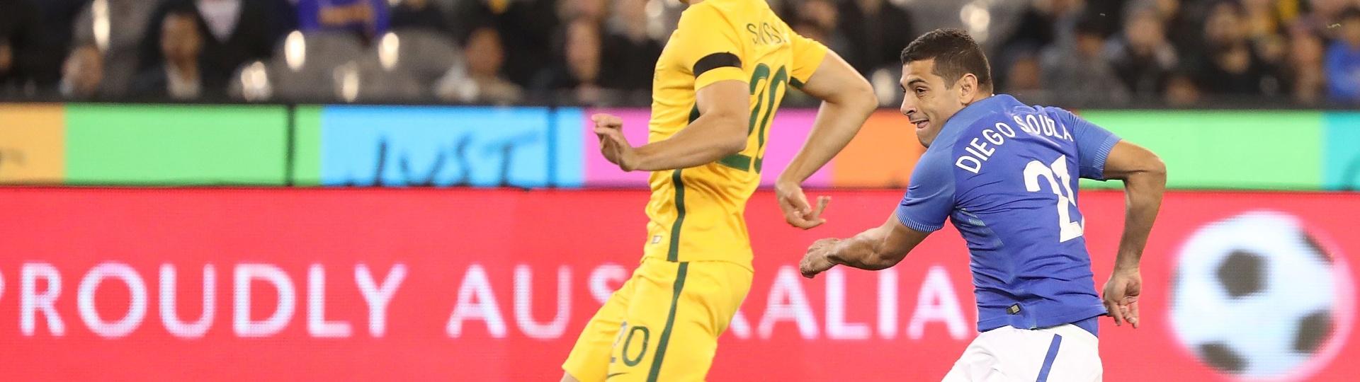 Diego Souza abre o placar para o Brasil contra a Austrália