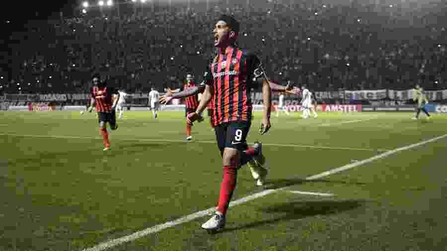 Blandi estava fechado com o Botafogo, mas San Lorenzo não enviou documentos a tempo de transação - Juan Mabromata/AFP
