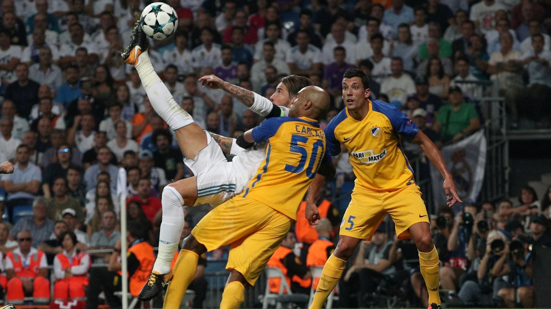 Sergio Ramos marca para o Real Madrid contra o Apoel