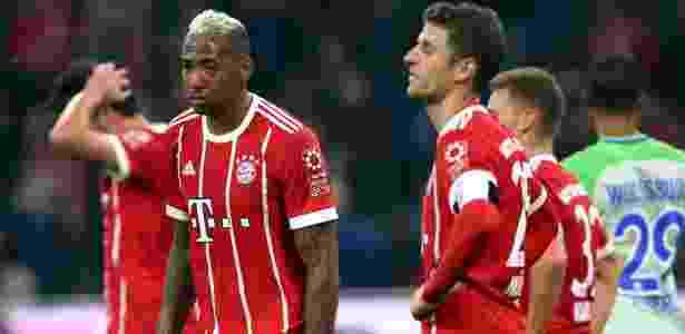 Marca de aeroporto é estampada na manga esquerda do uniforme do Bayern - Michael Dalder/Reuters