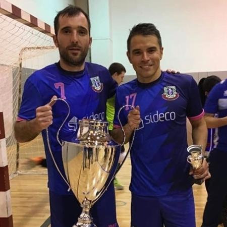 Javier Saviola (à direita) conquistou título no futsal - Reprodução
