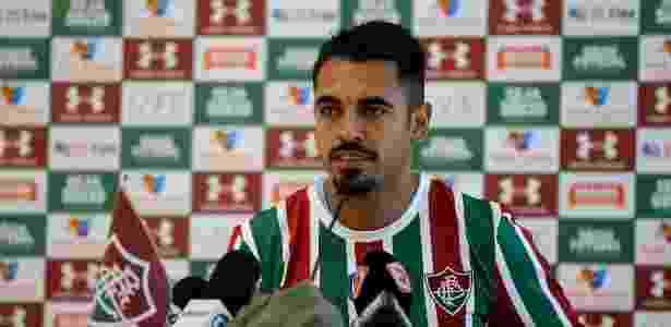 Júnior Dutra foi apresentado pelo Fluminense após ser emprestado pelo Corinthians - LUCAS MERÇON / FLUMINENSE F.C.