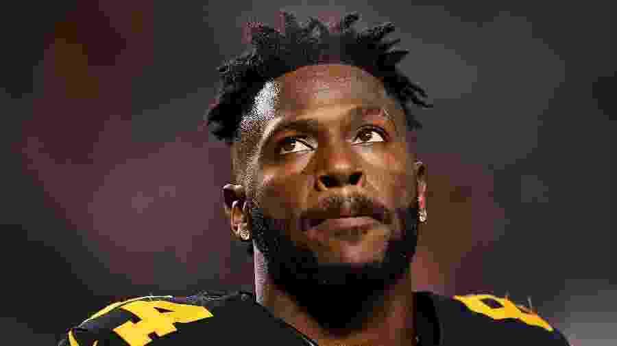 Antonio Brown em ação ainda pelo Pittsburgh Steelers; jogador defende hoje o Oakland Raiders - Joe Sargent/Getty Images