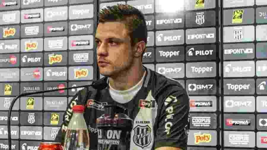 Renato Kayser jogou apenas duas partidas pela Ponte Preta - Divulgação/Ponte Preta