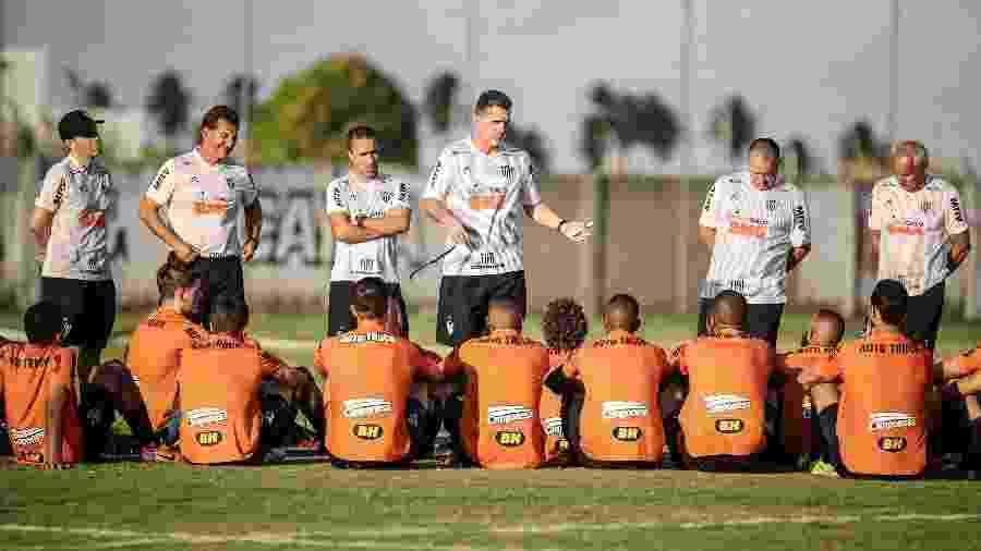 Técnico Vagner Mancini se reúne com elenco do Atlético-MG - Bruno Cantini/Divulgação/Atlético-MG