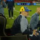 Diego Maradona, em trono durante jogo entre Newell's e Gimnasia - Reprodução/TNT