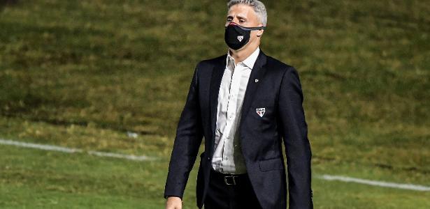 Crespo vê temporada quase perfeita do São Paulo após classificação