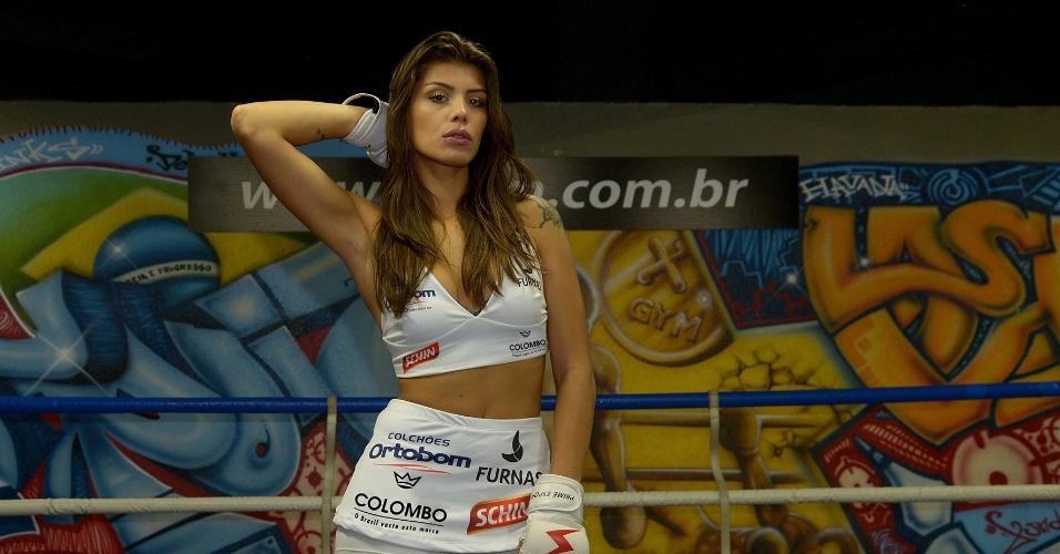 Integrante do BBB 14, Franciele é a mais nova ring girl do Jungle Fight