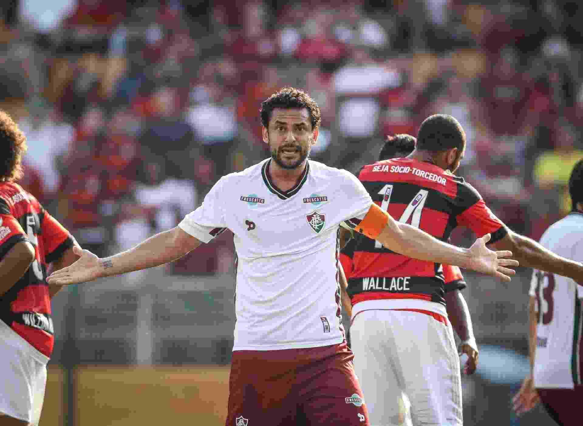 Fred gesticula durante a partida entre Flamengo e Fluminense - Ricardo Nogueira/Folhapress