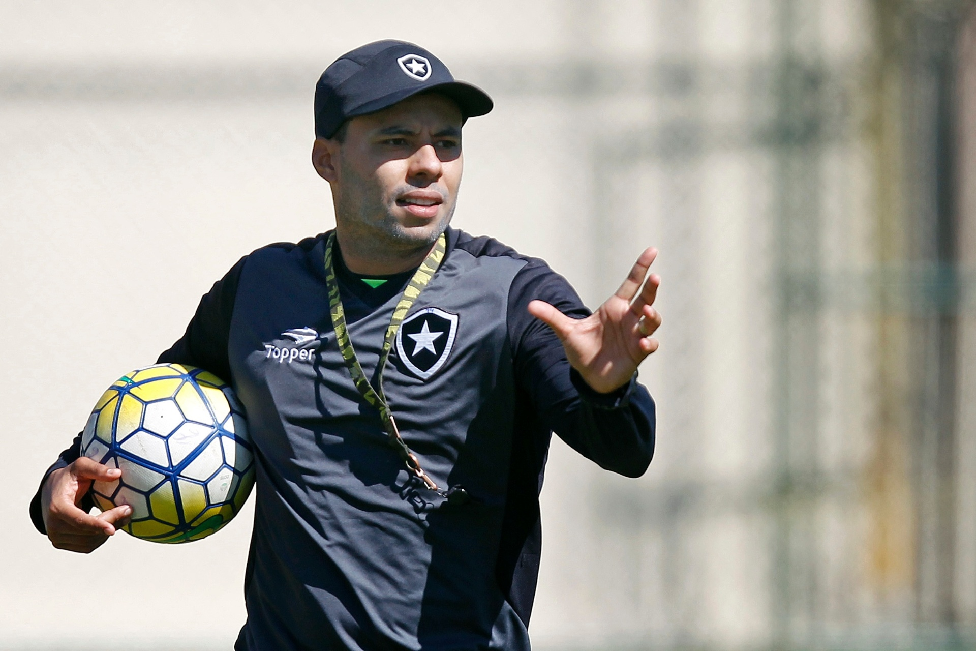 Jair faz mistério em ajuste final do Botafogo antes decisão na Libertadores  - Esporte - BOL 9fc410b1fae72
