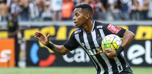 Robinho mantém confiança em alta sobre conquista de títulos