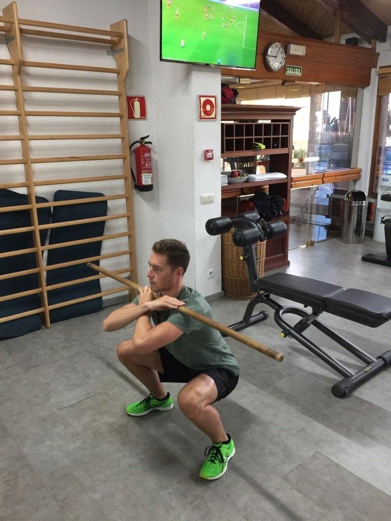 Stoffel Vandoorne treina para se preparar fisicamente para a temporada 2017