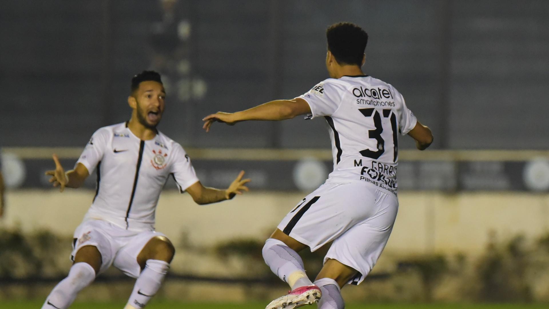 Marquinhos Gabriel abre o placar para o Corinthians contra o Vasco